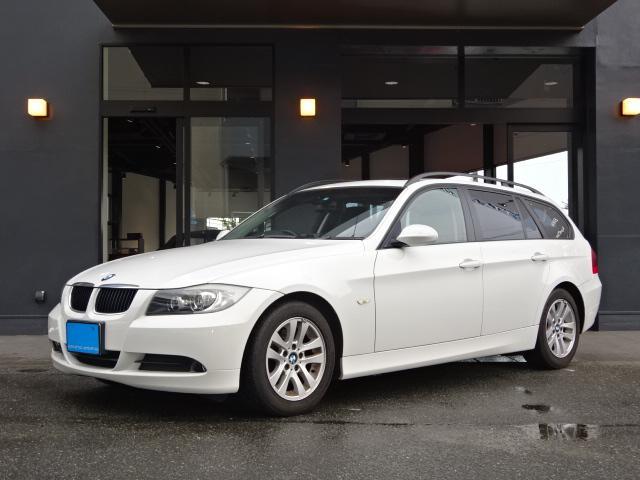 BMW 320iツーリングHDDナビBカメラサンルーフ左右Pシート
