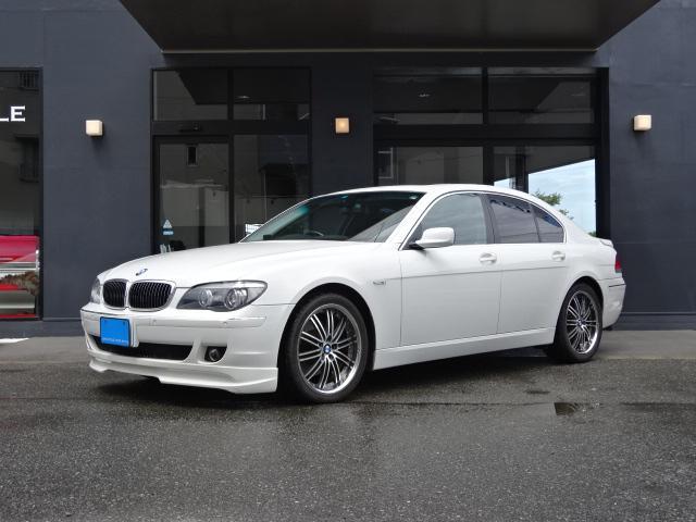 BMW 740i サンルーフ 黒革 HID ウッドパネル 20AW