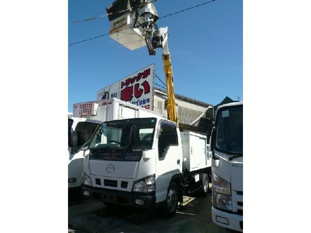マツダ 高所作業車 アイチSE08C