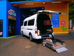 キャラバンバスチェアキャブ M仕様 車椅子2台固定 10人乗り 保証付き