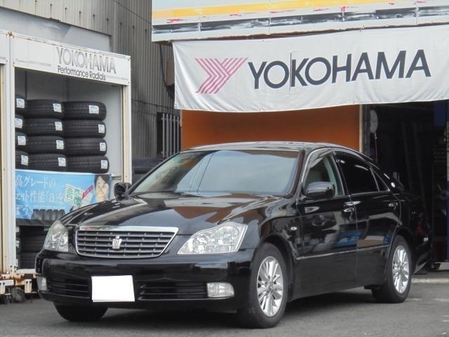 トヨタ ロイヤルサルーン 1年走行無制限保証付 ナビ CD