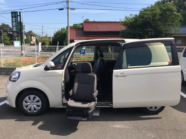 トヨタ ポルテ X 助手席リフトアップシート リモコン 福祉車両 純正ナビ