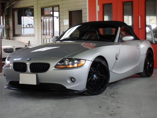 BMW Z4 2.2i M54B22 赤レザーシート シートヒーター BMW純正オプションイルミ機能付きスカッフプレート RACINGDYNAMICS18AW バイキセノンヘッドライト リップスポイラー 電動オープン
