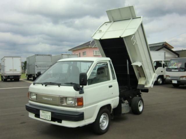 トヨタ 0.75t 深ダンプ エアコン パワステ 5速マニュアル車