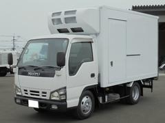 エルフトラック2.0t 冷凍冷蔵車 スタンバイ付き