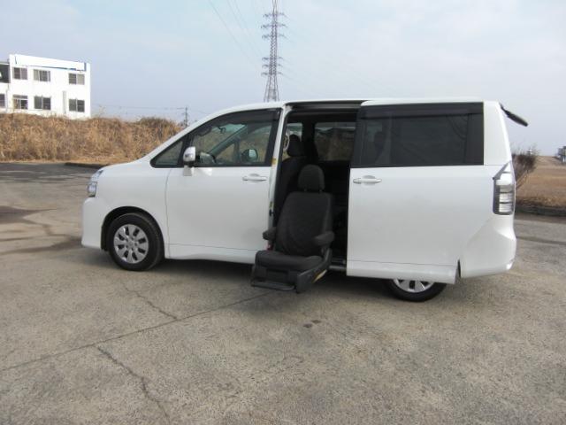 トヨタ X Lエディション サイドリフトアップシート
