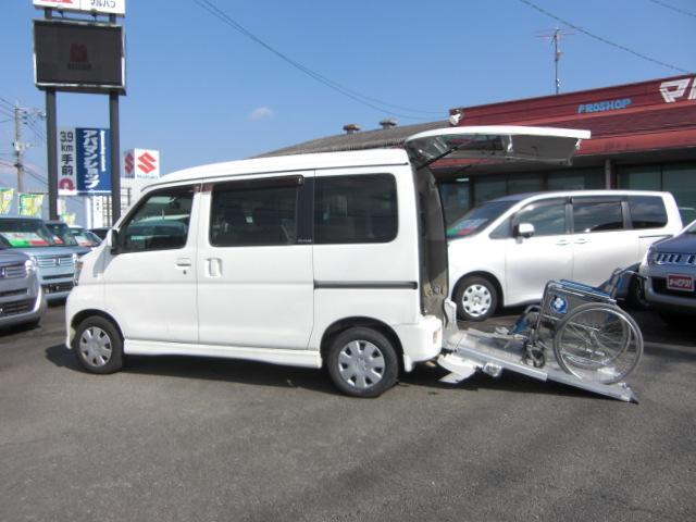 ダイハツ スローパー 純正CD ウインチ 車いす電動固定装置 福祉車両