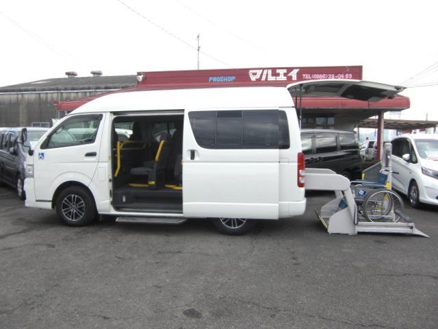 トヨタ 車いす仕様車 Bタイプ 車いす2基 福祉車両