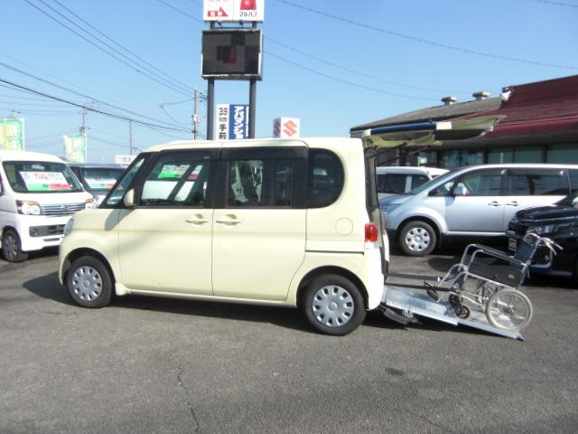 ダイハツ L スローパー 車いす電動固定 後退防止ベルト 福祉車両
