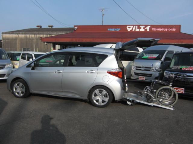 X 車いす仕様車 タイプ1 スローパー車高降下装置 福祉車両(1枚目)