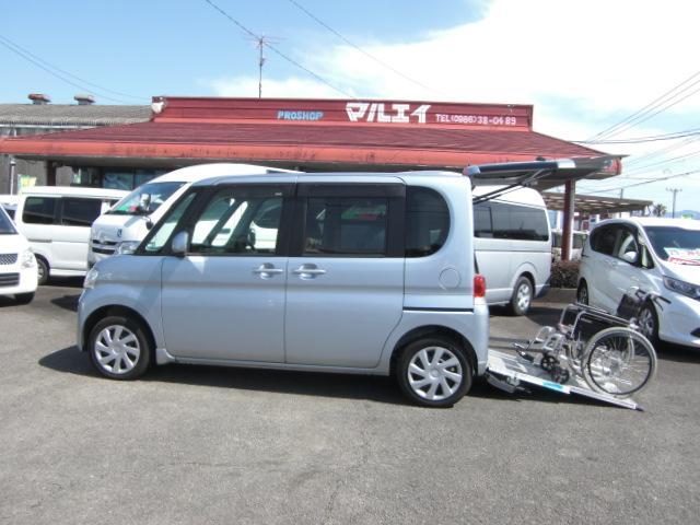 ダイハツ 車いす仕様車 スローパー電動固定装置 CDキーレス 福祉車両