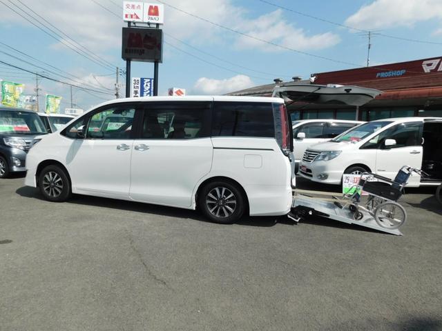 トヨタ エスクァイア Xi車いす仕様車スロープタイプ タイプII サードシート付