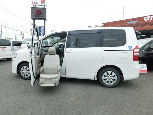 トヨタ ノア X Lセレクション 助手席リフトアップシート Aタイプ 左パワスラ CD キーレス 福祉車輌