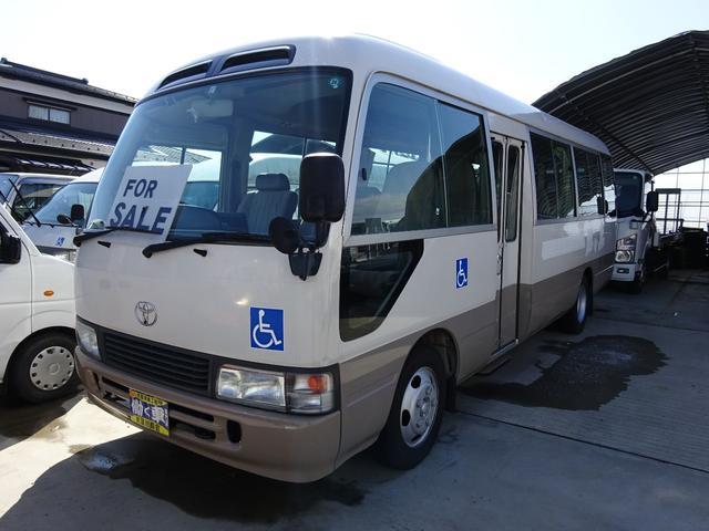 トヨタ 福祉車両 リフト付 車イス2脚固定可 自動扉ステップ