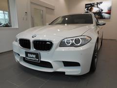BMWM5 20インチ アクラポビッチマフラー