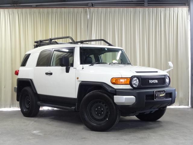 トヨタ ベースグレード 社外メモリーナビ バックカメラ 4WD