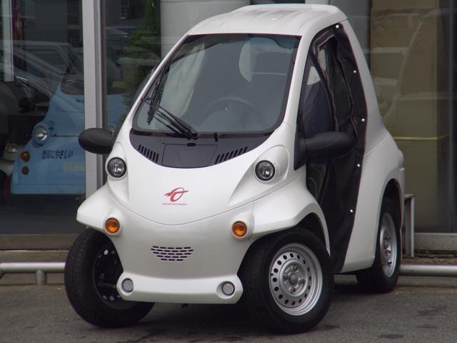 トヨタ トヨタ コムス Pcomドア付き 小型電気自動車EV 100充電