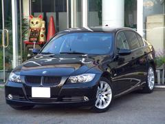 BMW330xi 4WDバイキセノン左Hメモリ付き電動シート
