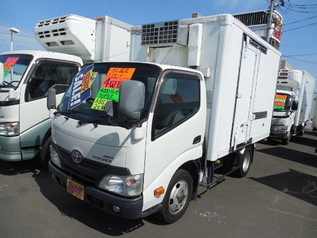 トヨタ 冷蔵冷凍車4WD-5℃設定左サイドドア