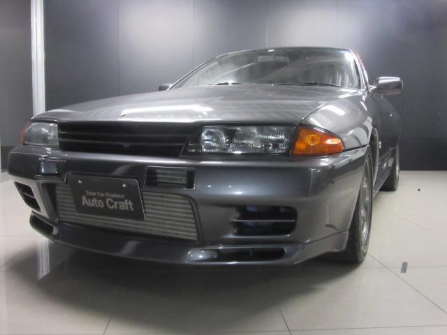 日産 GT-R NIヘッドライト 車高調 社外マフラー