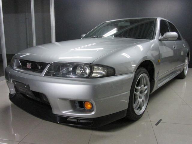 日産 スカイライン GT-Rオーテックバージョン40thアニバー
