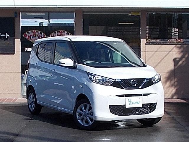 日産 X 4WD 届出済未使用車 アラウンドビューモニター SDナビ ワンセグTV シートヒーター プッシュスタート