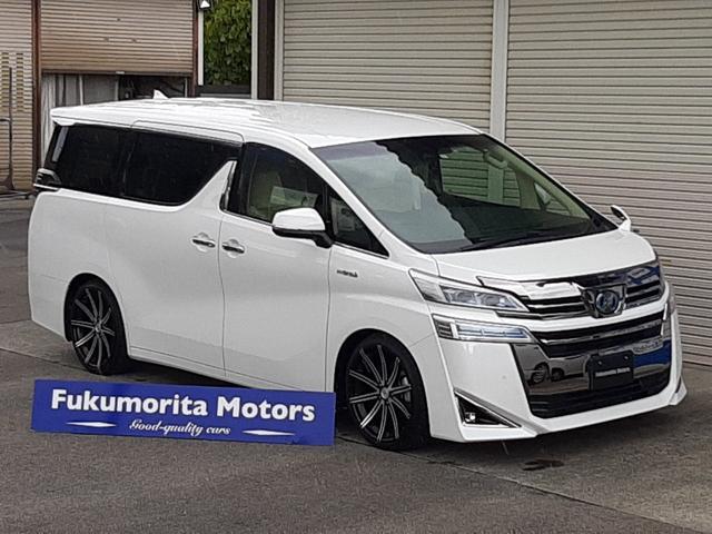トヨタ ヴェルファイアハイブリッド X 4WDレーダーC プリクラS レーンアシスト