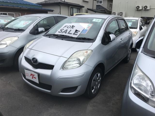 トヨタ F AT オーディオ付 コンパクトカー 4WD シルバー