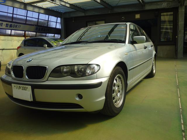 BMW 3シリーズ 318i 5速マニュアル