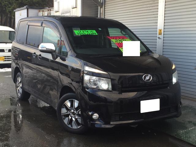 トヨタ X 4WD ナビ・テレビ バックモニター HIDライト ETC 8人乗り