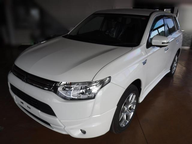三菱 Gプレミアムパッケージ 4WD e-Assist