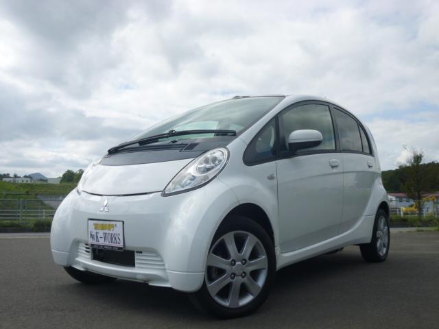 ベースグレード 電気自動車 キーレスオペレーション ABS
