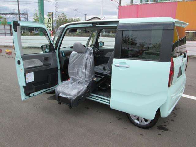 ダイハツ 福祉車両 ウェルカムシートリフト X 4WD 助手席回転電動リフトアップシート