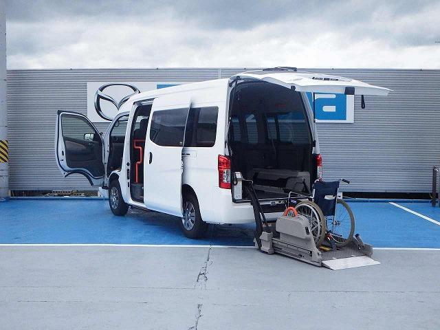 日産 チェアキャブMタイプ4WD リモコン電動スイングアームリフト
