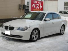 BMW540i サンルーフ 黒革 純正ナビ HID 純正アルミ