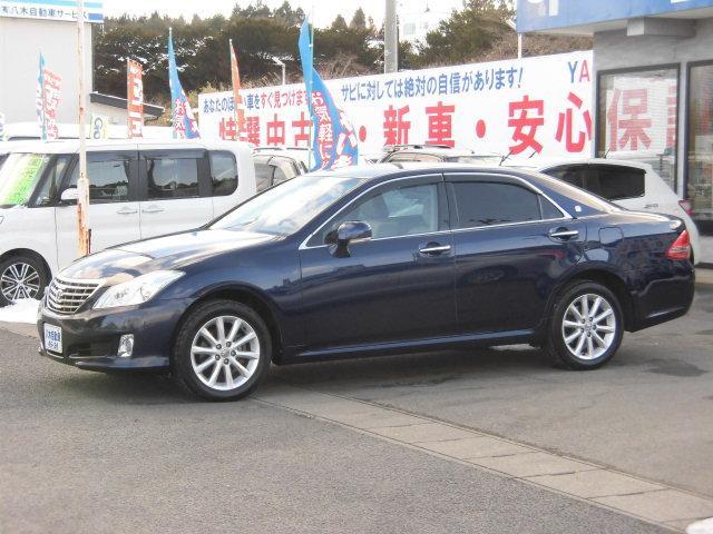 トヨタ ロイヤルサルーンi-Four ナビパッケージ 4WD
