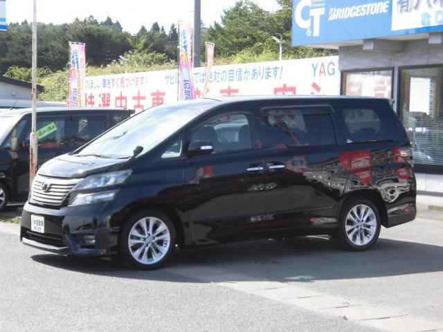トヨタ 2.4Z プラチナムセレクション リアモニター HID ETC 3列シート 両側パワースライドドア 4WD