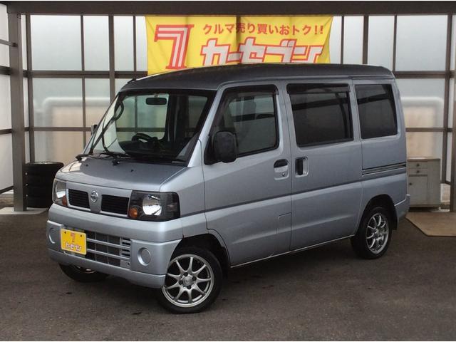 日産 DX 4WD 5速マニュアル 純正ラジオ 冬タイヤ付