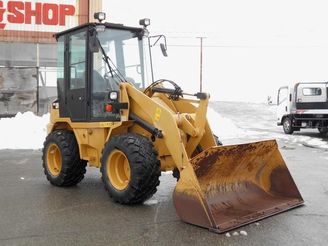 CATホイールローダー902B2除雪仕様0.6立米1300h