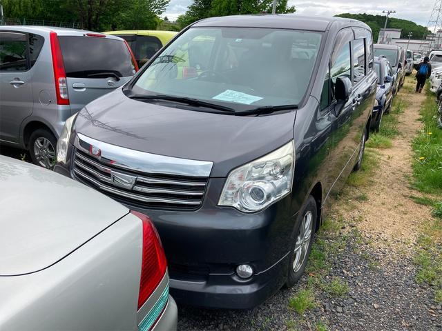 トヨタ ノア YY 4WD 両側スライドドア ナビ AW AC オーディオ付 CVT