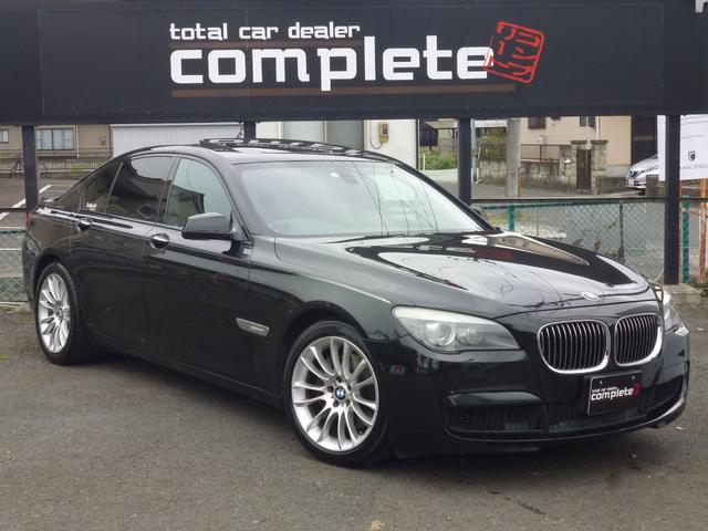 BMW 7シリーズ 740i Mスポーツパッケージ オプションエアロ サンルーフ レザーシート パワーバックドア ローラーブラインド ソフトクルーズドア 純正19インチアルミホイール 新品タイヤ ミシュランパイロットスポーツ