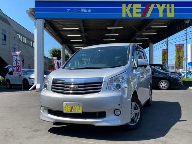 トヨタ ノア X Gエディション 4WD・禁煙車・純正HDDナビ・フルセグTV・Bluetooth・バックカメラ・両側電動スライドドア・シートヒーター・ウッドコンビステア・