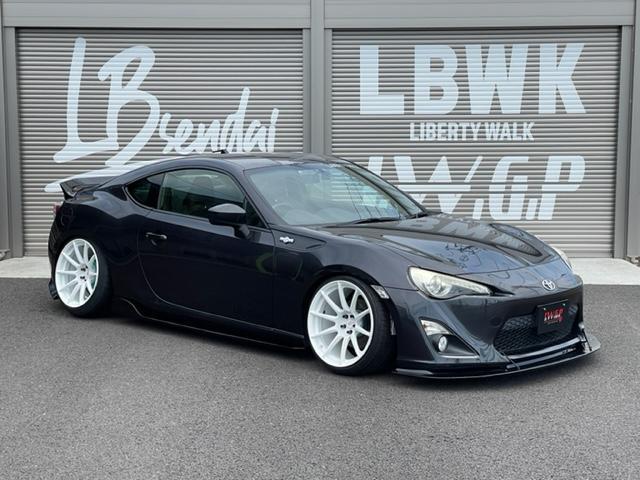 トヨタ 86 GTリミテッド LBWKオリジナル19インチ HKS車高調 6MT