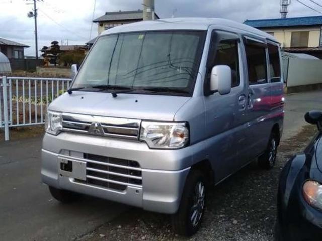 三菱 ブラボー 4WD