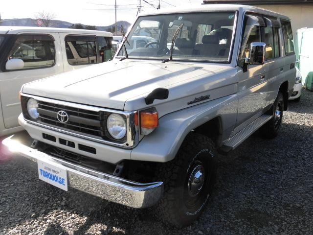 トヨタ LX ディーゼル 4WD 5速マニュアル サンルーフ