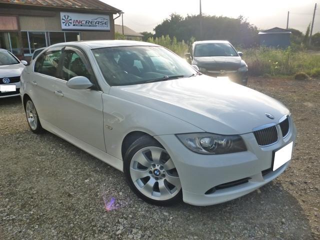 BMW 3シリーズ 330i ワンオーナー 革シート 17アルミ ワンオーナー 新規2年 革シート 純正17AW