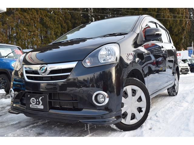 ダイハツ Gf 4WD CVT車フォグランプメッキパーツ付