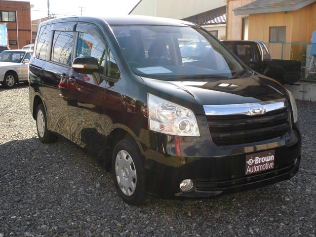 トヨタ X Lセレクション 4WD 8人乗り Bカメラリアモニター付