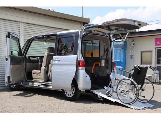 ダイハツ  スローパー 車椅子用福祉車両 CDデッキ 左リアスライドドア 内装ベージュ 電格ミラー キーレスキー 夏タイヤ 修復歴なし タイミングチェーンエンジン 車検R5年8月