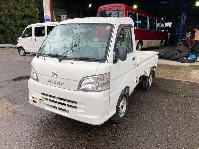 ダイハツ  4WD エアコン 5速マニュアル 軽トラック ホワイト